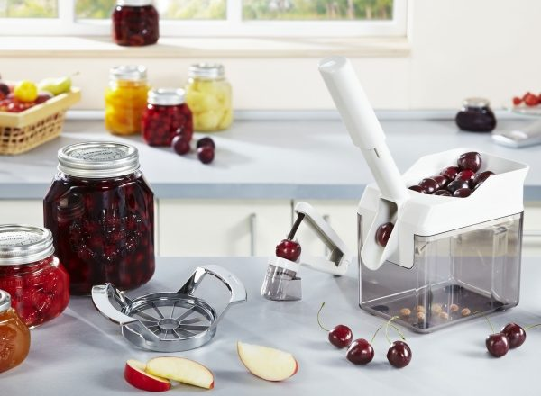 How to remove the bones from the cherry at home: help machines to remove